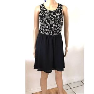 Love 21 Black Sleeveless Dress Small Embroidered